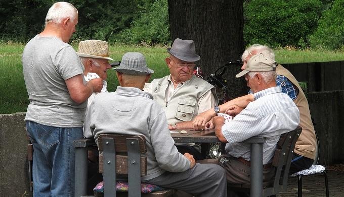 Жители России назвали размер достойной пенсии