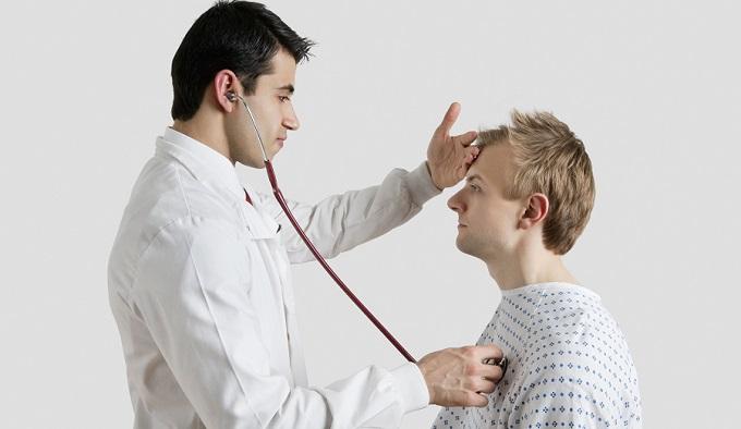 За душевным состоянием россиян приглядят терапевты