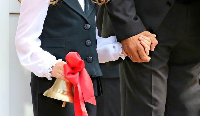Родители московских школьников удивлены переносом празднования 1 сентября