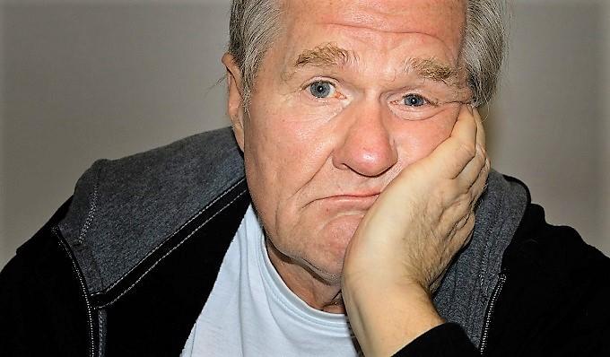 За отказ пожилым людям в услугах будут наказывать