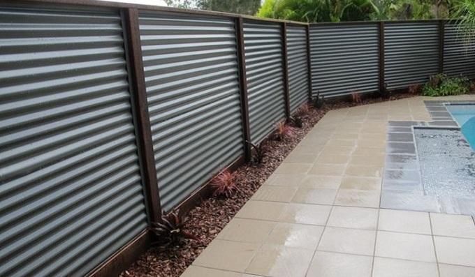 Стоит ли забор городить?