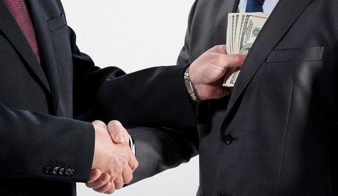 Почему Россия не справляется с коррупцией?