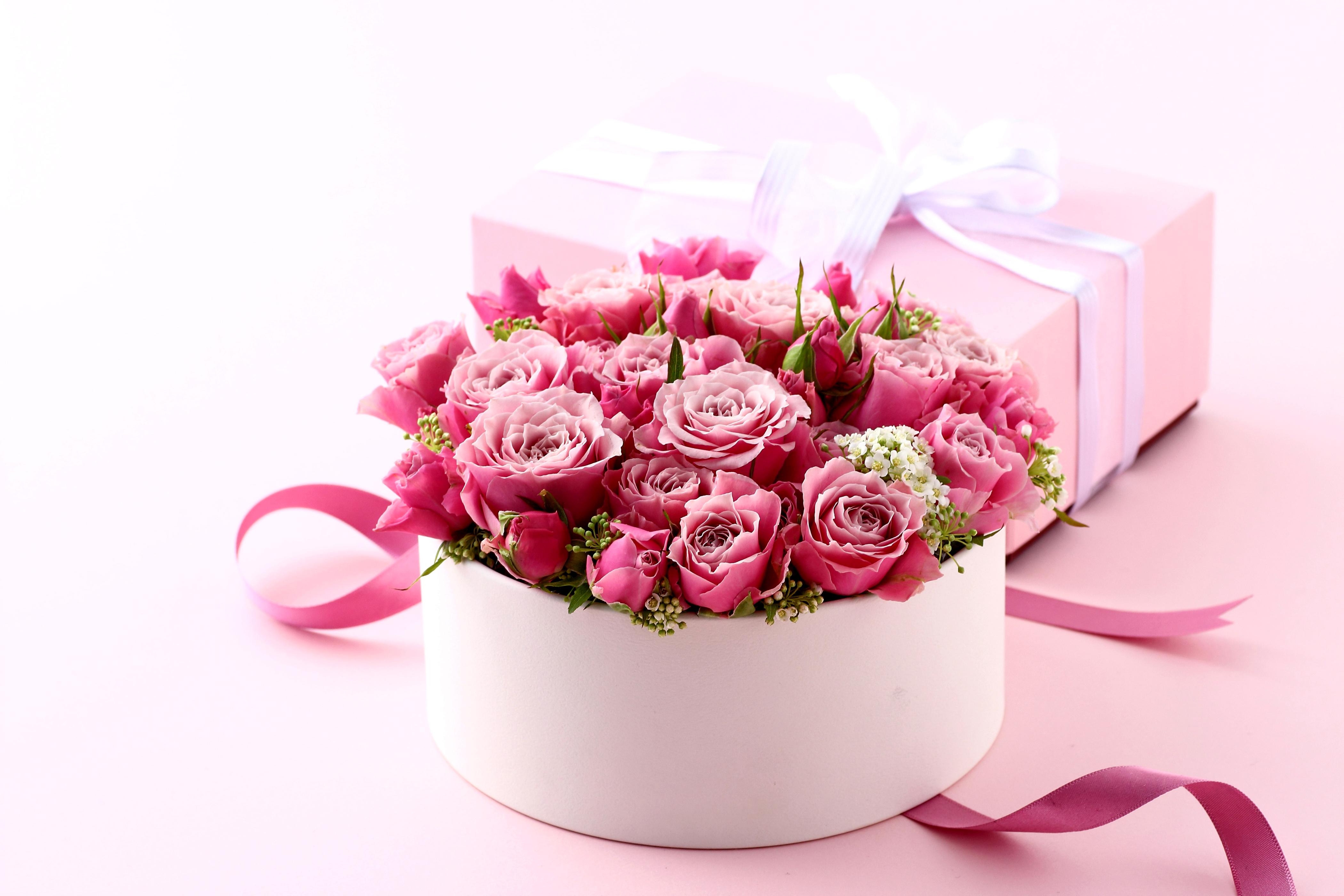Основные преимущества доставки цветов
