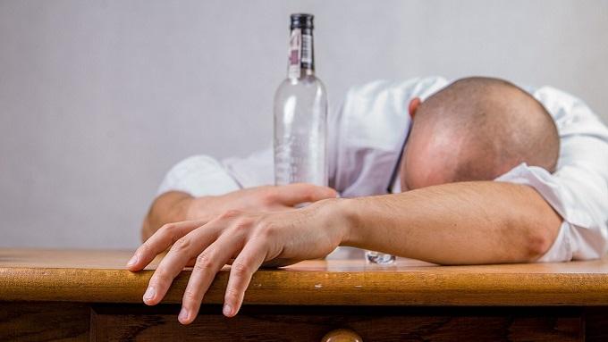 Картинки из глубинки: Бить или не пить?