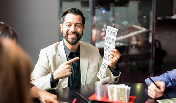 Получить выигрыш – тоже лотерея