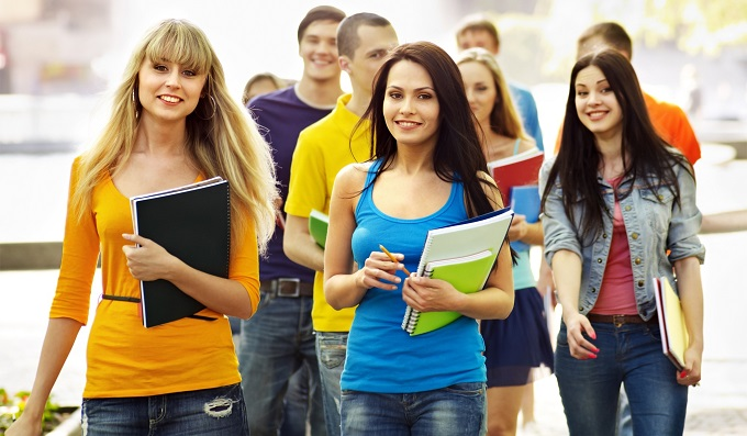 Стоит ли идти учиться в колледж?