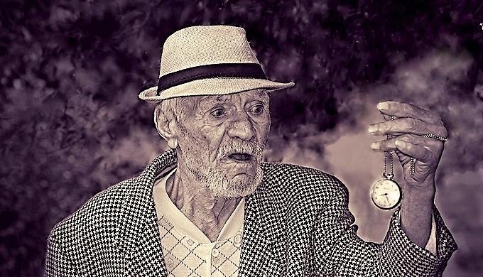 Почему нельзя повышать пенсионный возраст