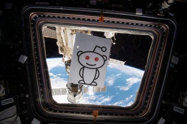 Reddit в США обогнал по популярности Facebook