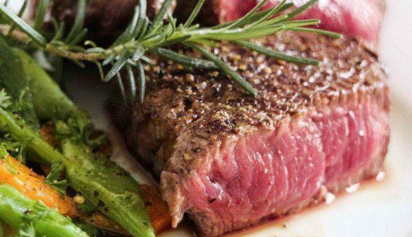 Где заказать как готовые, так и сырые стейки из говядины с доставкой домой