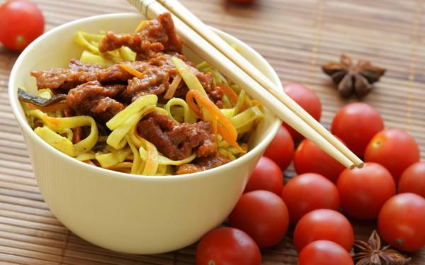 Китайская лапша с мясом: что может быть вкуснее