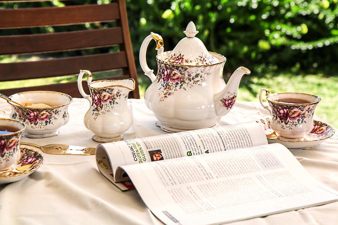 Чайные сервизы из фарфора